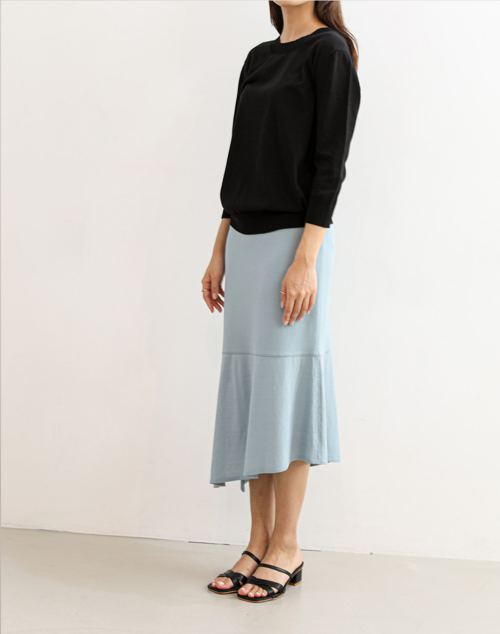 Unbalanced knit Skirts (Sky)