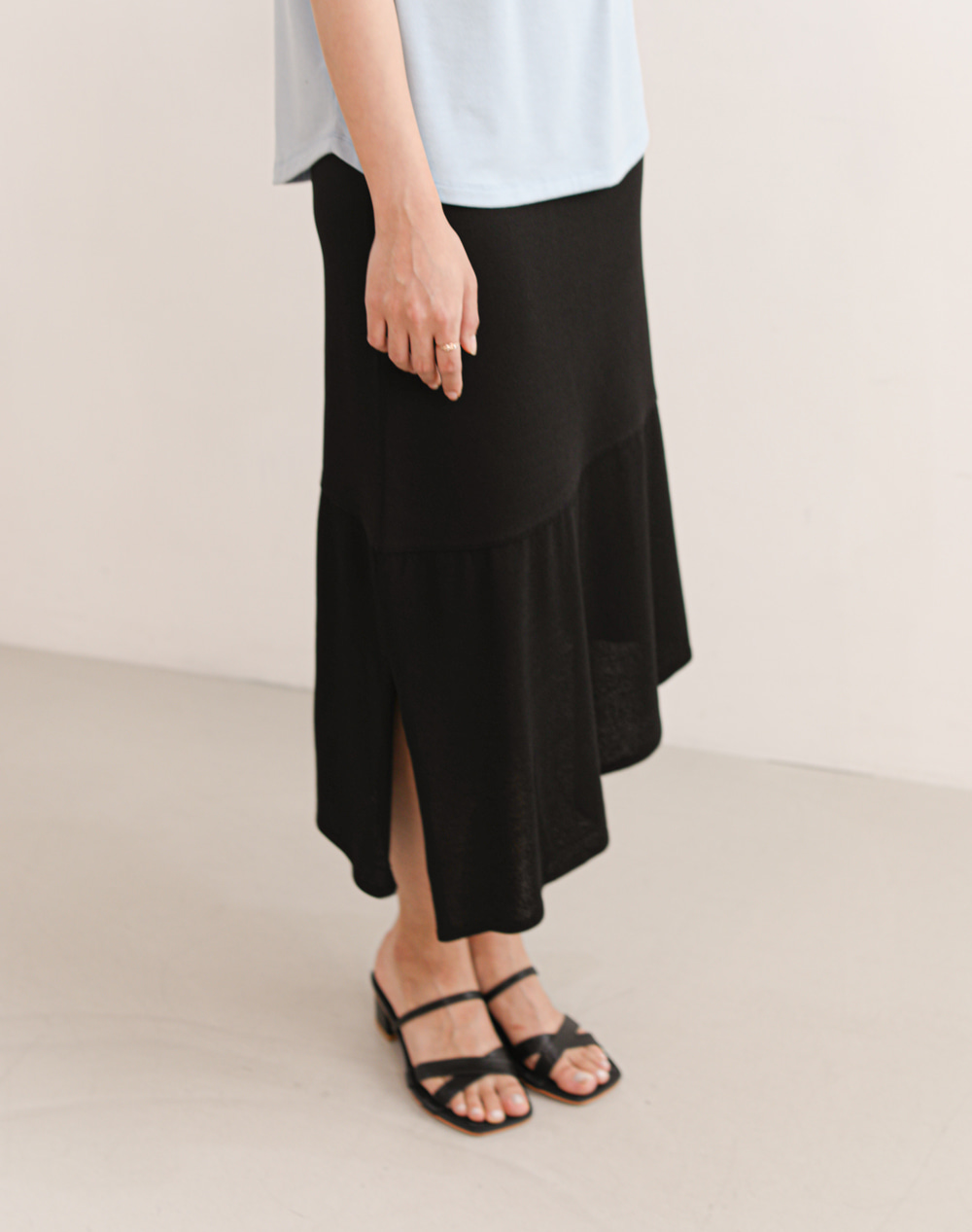Unbalanced knit Skirts (Black)